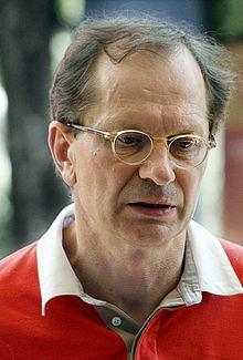 Josef Winkler (writer) httpsuploadwikimediaorgwikipediacommonsthu