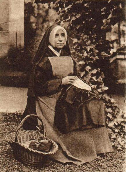 Josefa Menéndez - Alchetron, The Free Social Encyclopedia