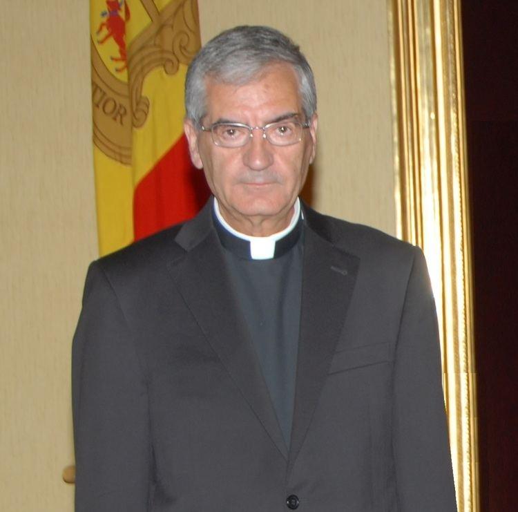 Josep Maria Mauri Josep Maria Mauri i lambaixador dAndorra al Vatic condecorats
