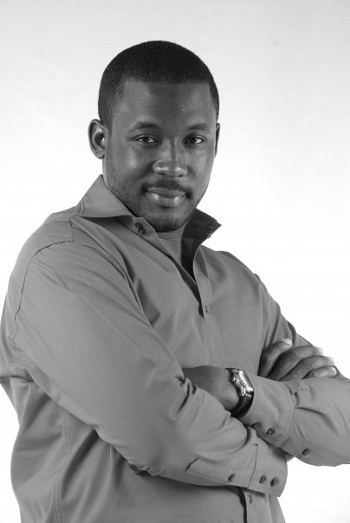 Joseph Benjamin (actor) JosephBenjaminWinsAfricanActoroftheYearAwardjpg