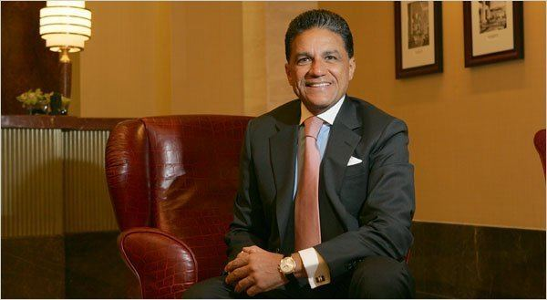 Joseph Moinian Moinian a Real Estate Magnate Is on a Tightrope The