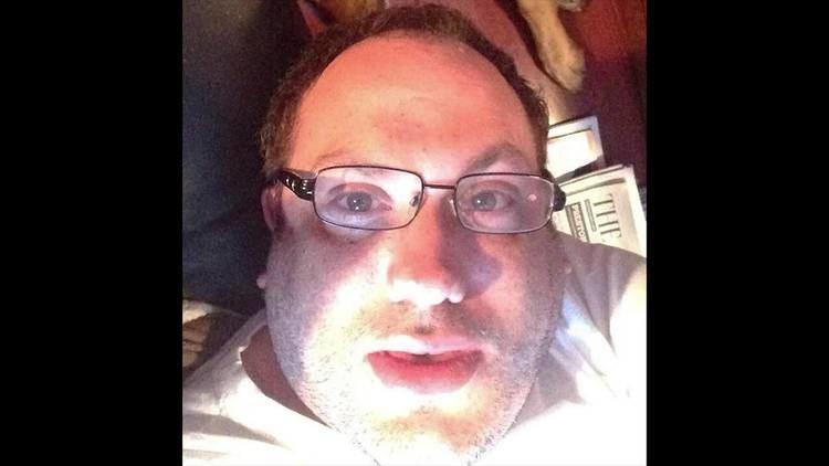 Josh Spiegel Josh Spiegel Sings Selfie YouTube