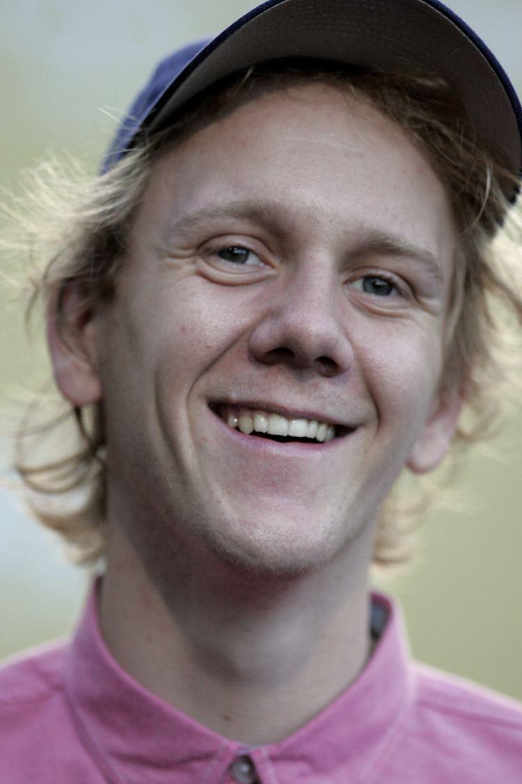 Josh Thomas (comedian) Josh Thomas Wikipedia la enciclopedia libre