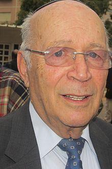 Joshua Matza httpsuploadwikimediaorgwikipediacommonsthu