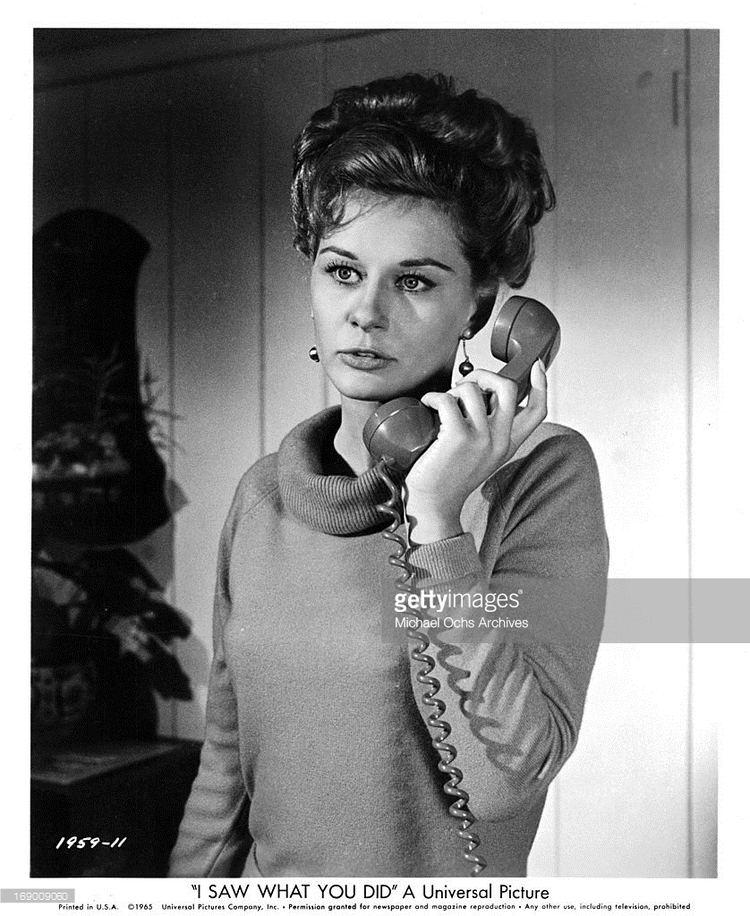 Joyce Meadows Joyce Meadows In The Brain From Planet Arous 1957 Women on