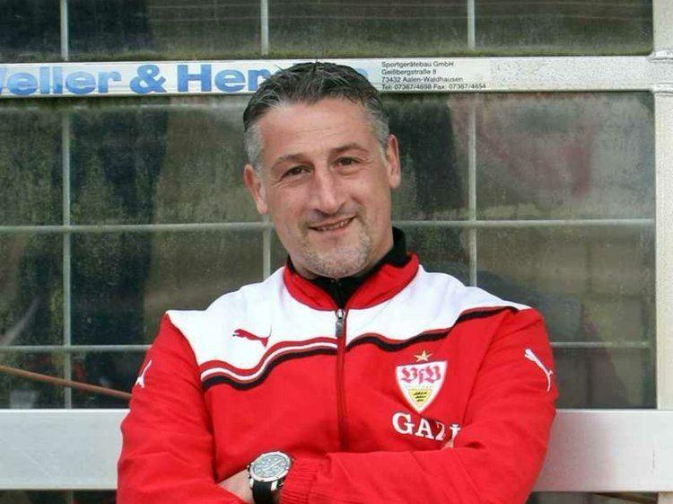Jürgen Kramny Charlie Flowe on Twitter quotJust realized Stuttgart 39s head coach