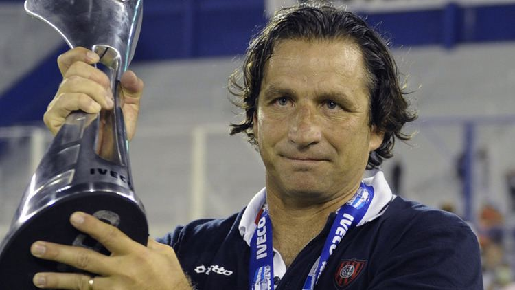 Juan Antonio Pizzi La Liga Valencia name Juan Antonio Pizzi as their new