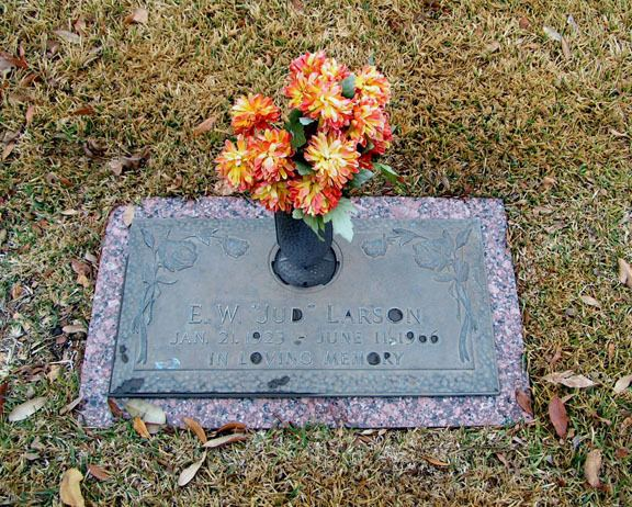 Jud Larson Jud Larson 1923 1966 Find A Grave Memorial