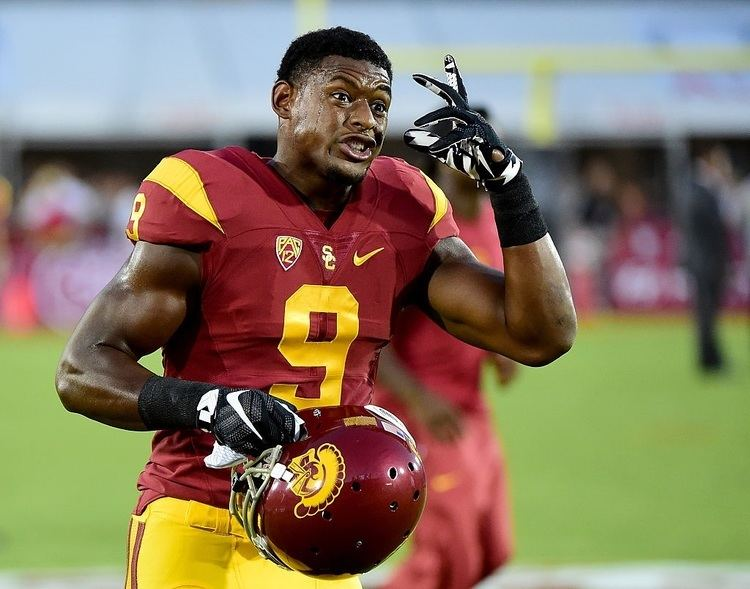 Juju Smith-Schuster USC39s Juju SmithSchuster Threw Punches at Teammates Removed