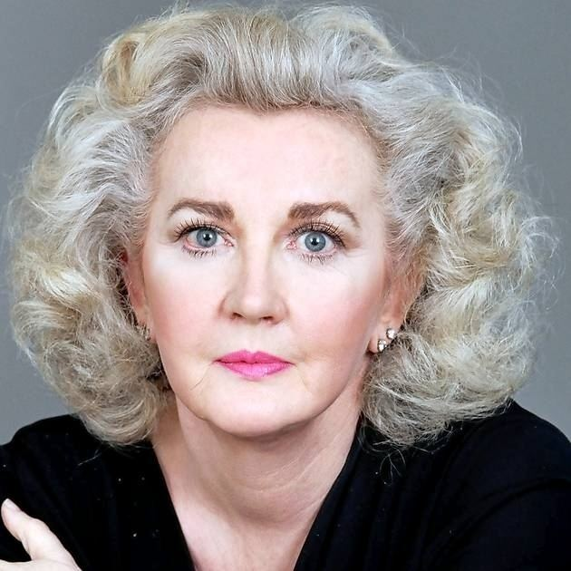 Julia Cameron Julia Cameron on How to Get Out of Your Own Way