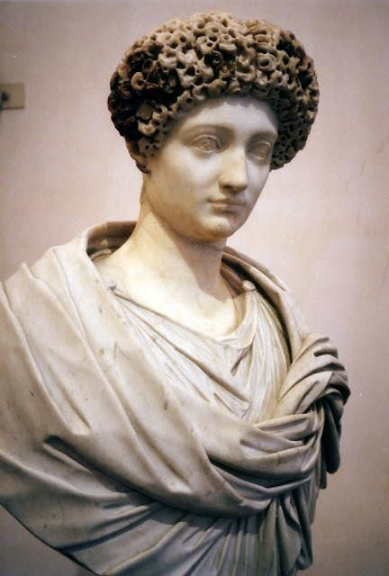 Julia Flavia 346 best Roman hairstyles images on Pinterest Roman hairstyles