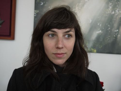Julia Holter Julia Holter Moni Mon Amie OFFICIAL VIDEO Street Factors