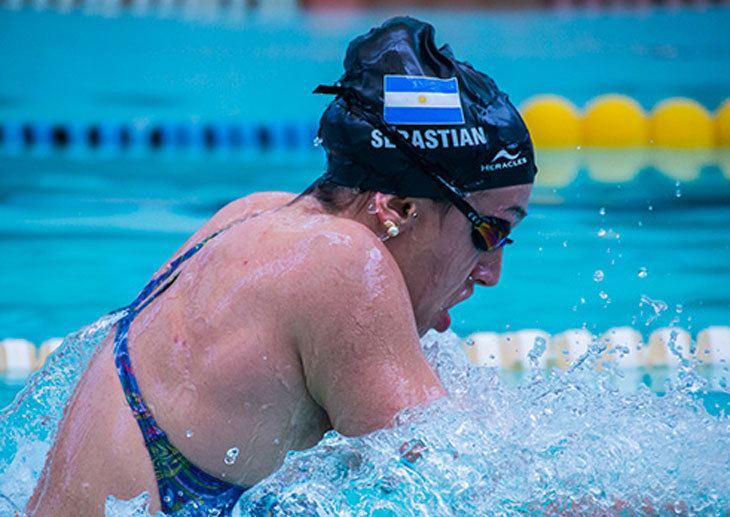 Julia Sebastian Oro y nuevo rcord sudamericano para la nadadora Julia Sebastian