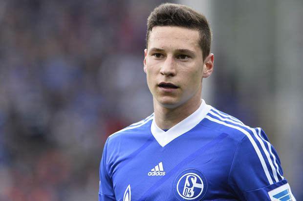 Julian Draxler Oh Drax Arsenal target Julian Draxler commits to Schalke