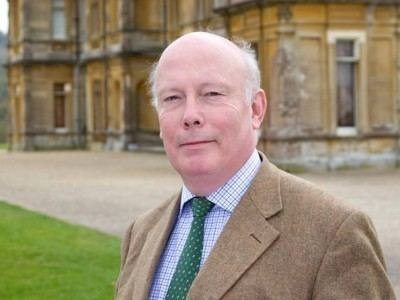 Julian Fellowes Downton Abbey Behind the scenes with Julian Fellowes and