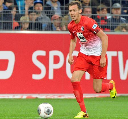 Julian Schuster Julian Schuster im Interview SC Freiburg