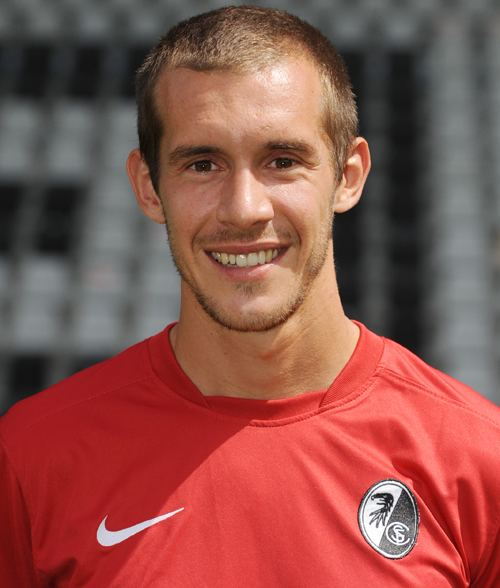 Julian Schuster mediadbkickerde2013fussballspielerxl344497