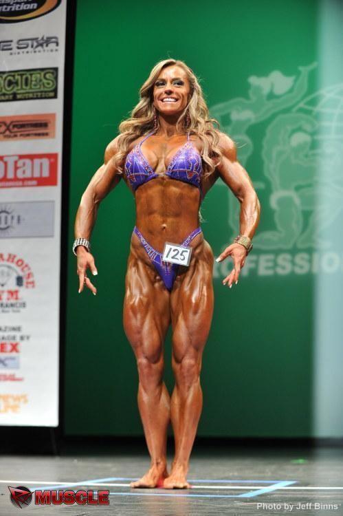 Juliana Malacarne Juliana Malacarne wins 2015 Arnold Physique International
