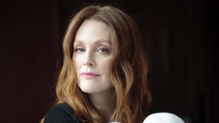 Julianne Moore Julianne Moore works to find the person inside the