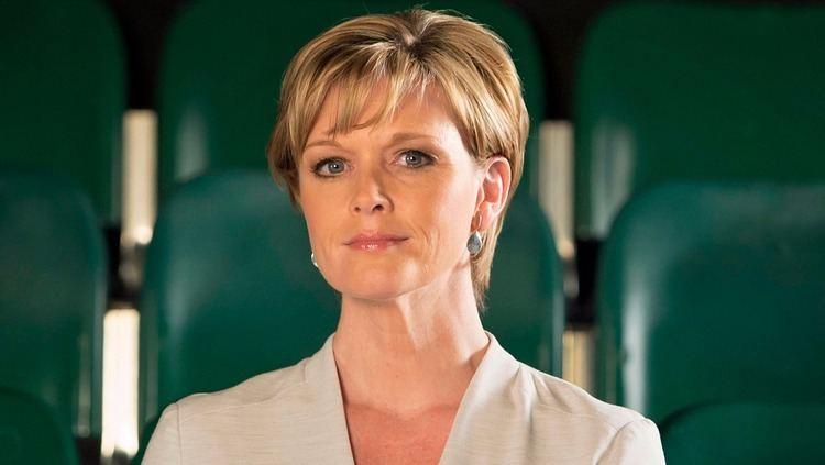 Julie Etchingham Julie Etchingham ITV News