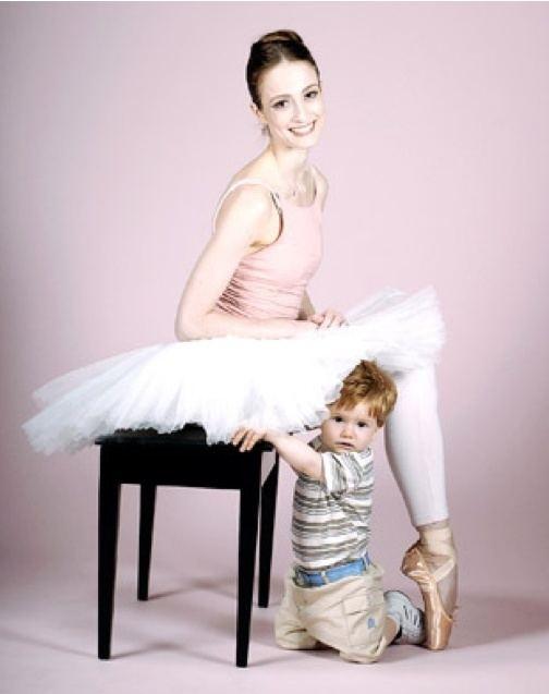 Julie Kent (dancer) Julie Kent with son William She and husband Victor Barbee