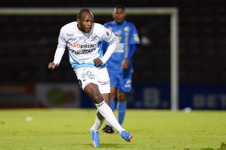 Julien Cetout Tours Cetout vers Brest Football Sportsfr