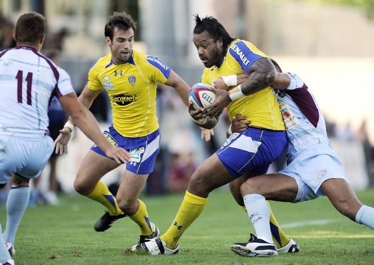 Julien Frier Clermont39s Sione Lauaki is tackled by Bourgoin39s Julien