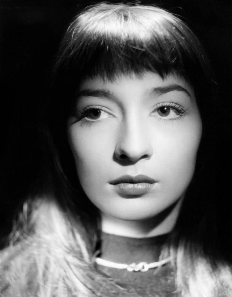 Juliette Gréco 1000 images about Juliette Greco on Pinterest Postcards Arno and