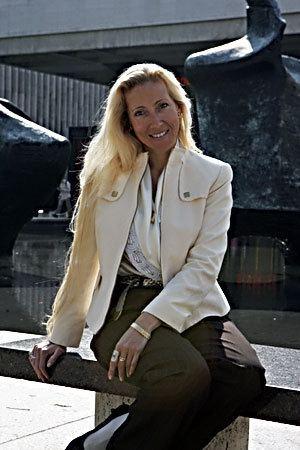 Juliette Passer wwwpanamanagementcomwpcontentuploads201007