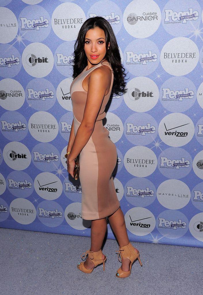 Julissa Bermudez Julissa Bermudez Style Fashion amp Looks StyleBistro