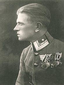 Julius Arigi httpsuploadwikimediaorgwikipediacommonsthu