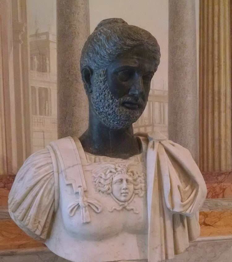 Julius Bassianus BUST OF JULIUS BASSIANUS Villa Borghese 7th generation descendant