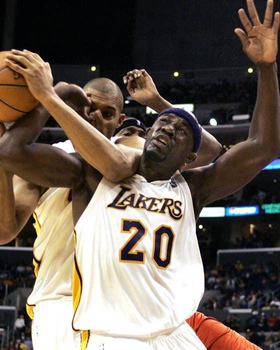 Jumaine Jones Jumaine Jones All Things Lakers Los Angeles Times