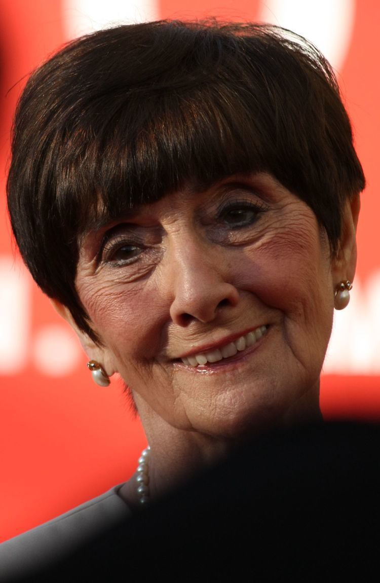June Brown httpsuploadwikimediaorgwikipediacommonsthu