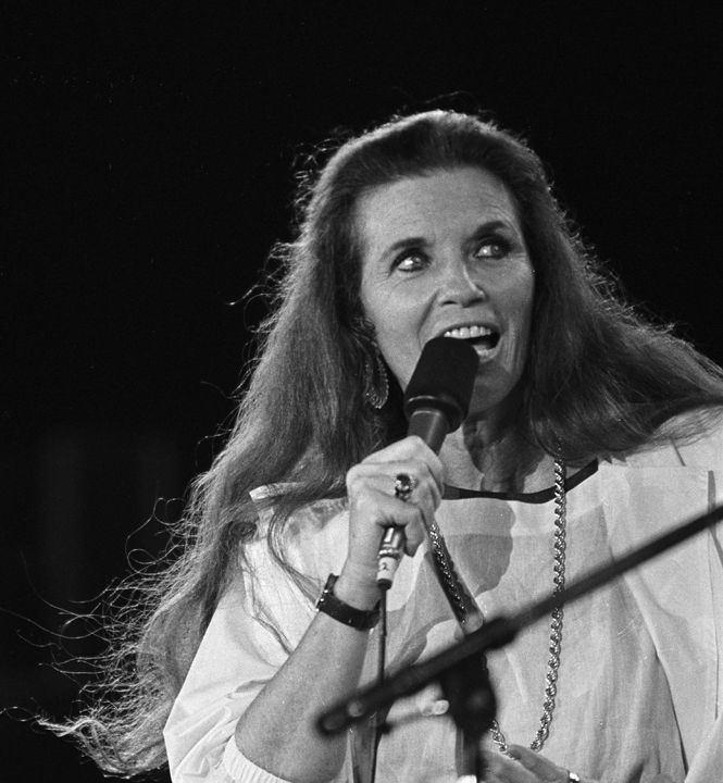 June Carter Cash 136 best Johnny Cash images on Pinterest Johnny cash Music and