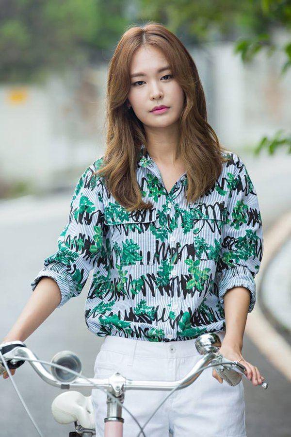 Jung Yoo-jin TheDramaKorea on Twitter quotJung Yoo Jin Ryu Se Hyun Senior di
