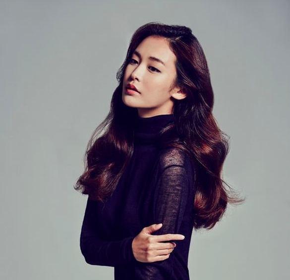 Jung Yoo-jin YG KPLUS Model Jung Yoo Jin to Debut as an Actress in quotHeard It