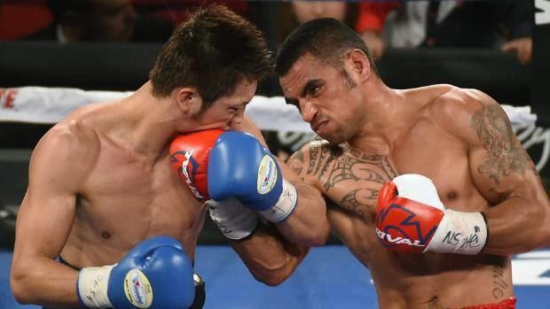 Junior Fa Gunnar Jackson loses NZ titles Junior Fa remains unbeaten on Big