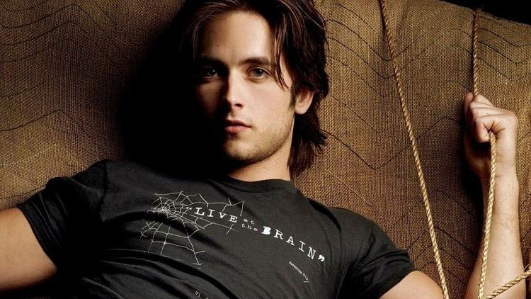 Justin Chatwin Justin Chatwin Profile Biography Pictures News