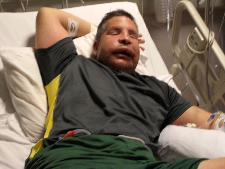 Justin Constantine Injured Marine offers tips on how to talk to wounded vets