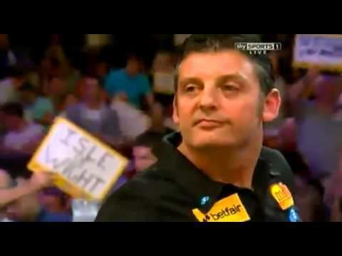 Justin Pipe Wes Newton vs Justin Pipe Incident 2012 PDC World Matchplay YouTube