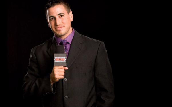 Justin Roberts WWE Fires Ring Announcer Justin Roberts Over Spat
