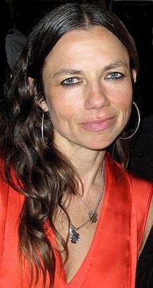 Justine Bateman httpsuploadwikimediaorgwikipediacommonsthu