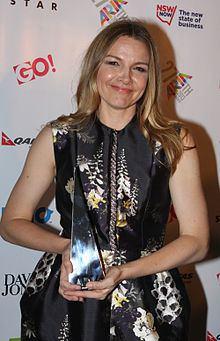 Justine Clarke httpsuploadwikimediaorgwikipediacommonsthu