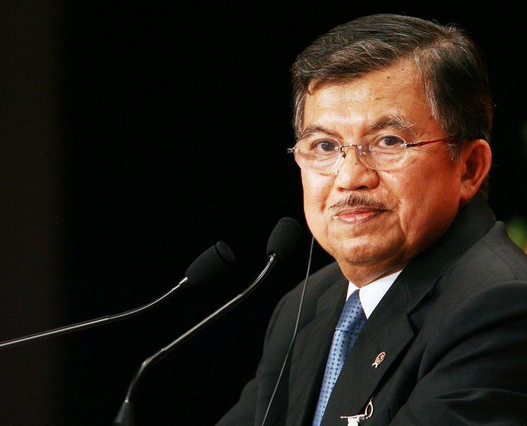Jusuf Kalla Indonesia should not have to apologise for the haze says VP Kalla