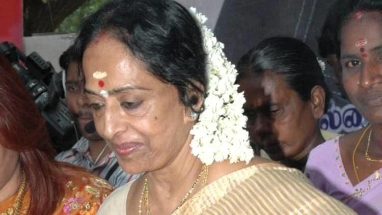 K. R. Vijaya K R Vijaya death news is fake dont believe it K R Vijaya
