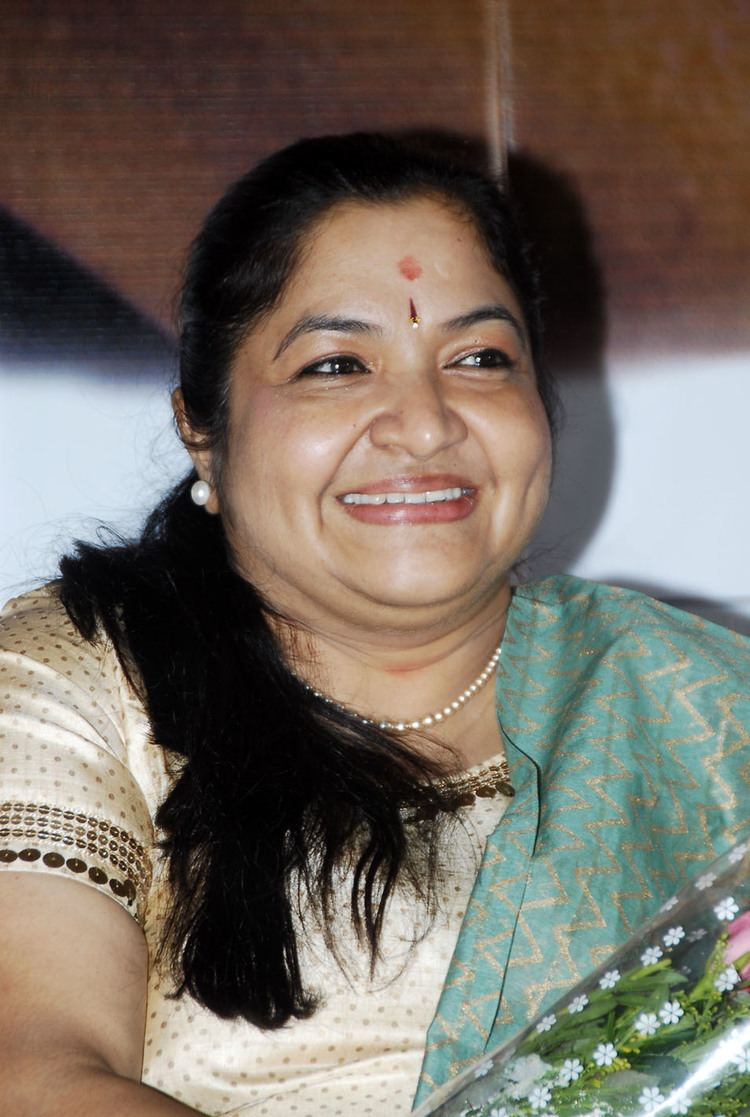 K. S. Chithra KS Chithra photos pictures stills images wallpapers