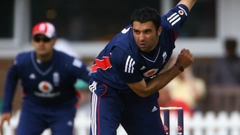 Kabir Ali ExEngland fast bowler retires with shoulder injury BBC