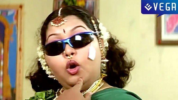 Kadhaludan movie scenes Ippodiku Kadhaludan Seenu Movie Back To Back Comedy Scenes