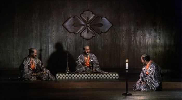 Kagemusha movie scenes I m not sure I actually watched Kagemusha the first time I had it on Sure it was playing the images moved I m sure I heard sound every so often